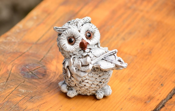 Small Shabby Chic Owl Statue,Musician Owl Statue,Shabby Chic Owl Figurine,Small Owl Statuette,Vintage Owl Decoration,Shabby Chic Home Decor