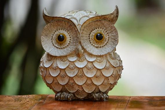 Owl Gift,White and Gold Owl Figurine,Owl Decor,Housewarming,Owl Decoration,Owl Figurine,Owl Table Decor,Owl Home Decor,Housewarming Gift,Owl