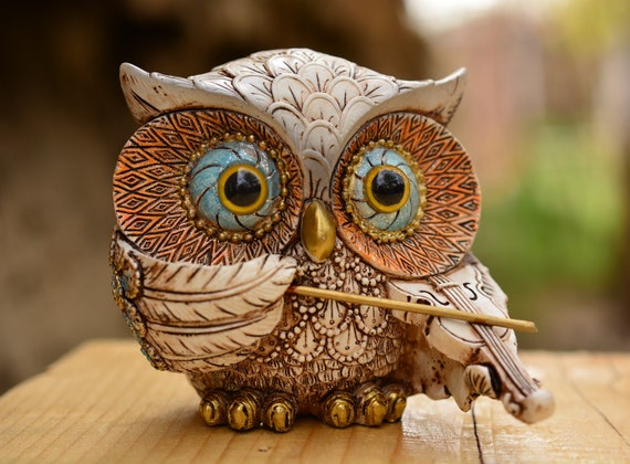 White and Brown Violinist Owl Figurine,Owl Violinist,Owl Musician Figurine,Owl Gift,Owl Home Decor,Violinist Owl Figurine,Cute Owl Statue