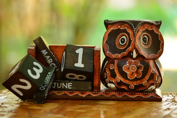 Owl Perpetual Calendar,Desk Owl Calendar,Owl Desk Decor,Owl Home Decor,Table Calendar,Wood Desk Calendar,Owl Decor,Wooden Perprtual Calendar