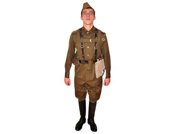 Russian Army Soldiers WW2 Soviet uniform M69