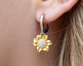 Sunflower Sterling Silver And Gold Earrings - Te Quiero Mucho Mi Amor Message