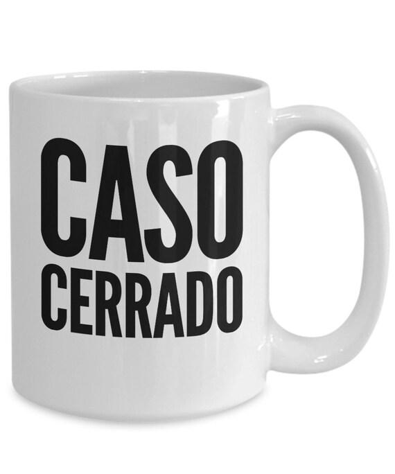 Regalo para abogado abogada  caso cerrado taza de cafe  mugs in spanish