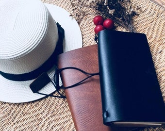 Handmade Leather Traveler's Notebook - Travel Diary sketchbook - Refillable Journal Notebook