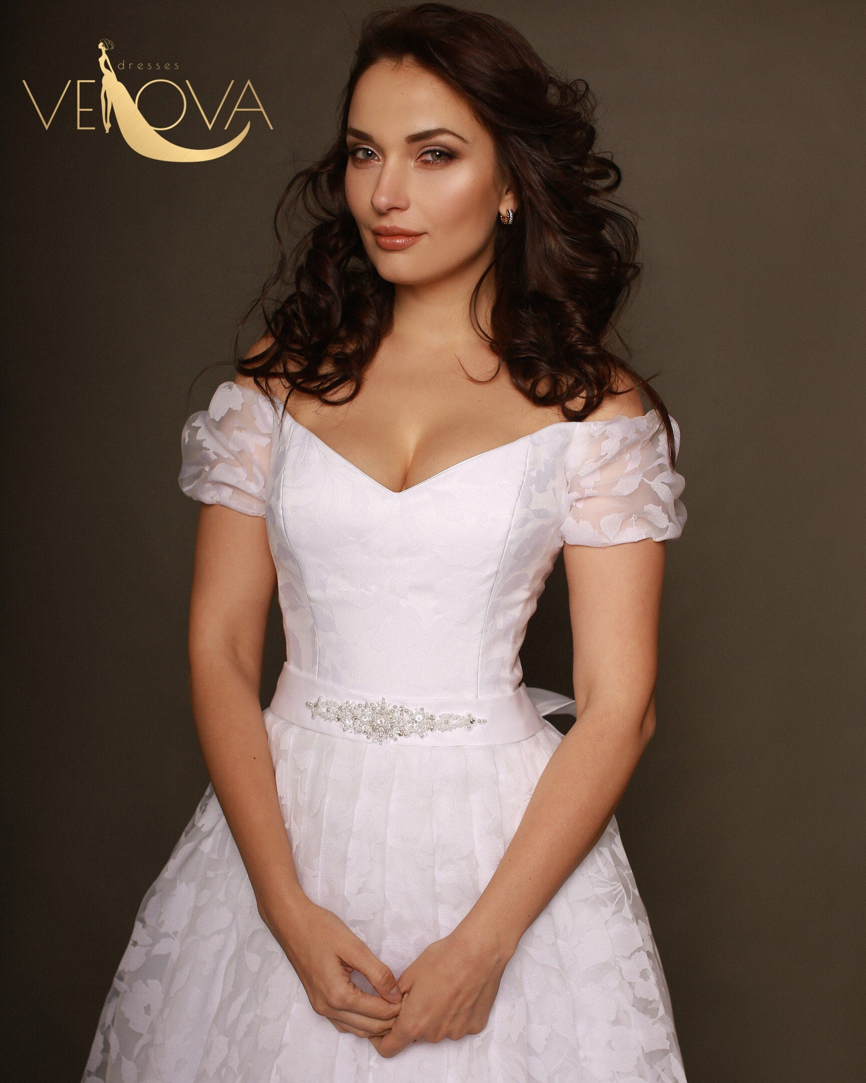 7474c5def401 Simple White Maxi Dress For Wedding