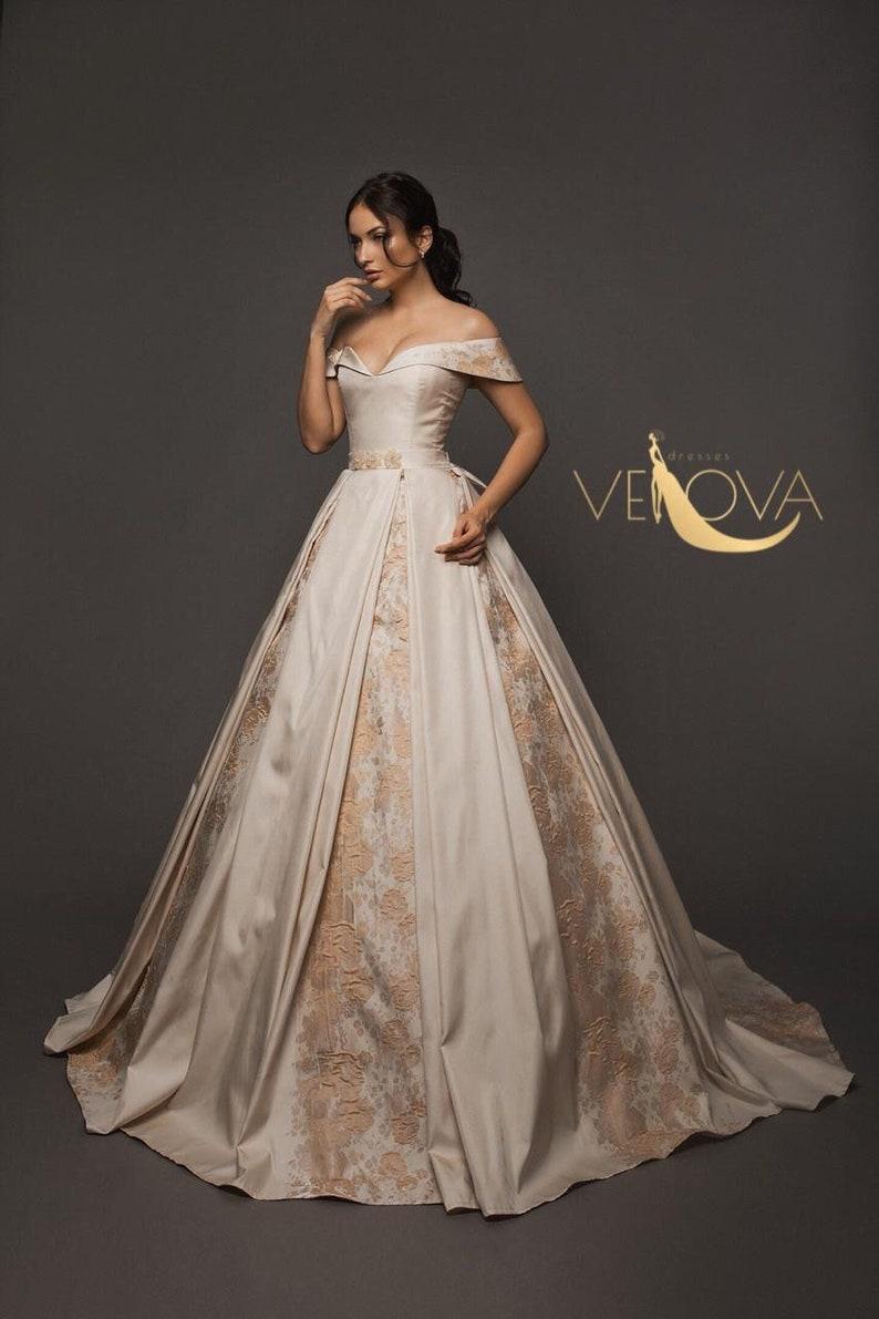 Corset Wedding Dresses.Off Shoulder Wedding Dress Corset Wedding Dress Unique Wedding Dress Alternative Colored Wedding Dress Floral Wedding Dress