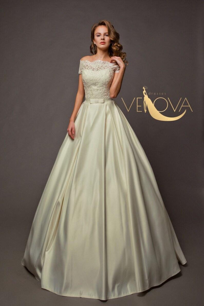 Corset Wedding Dress, Modest Wedding Dress, Short Sleeve Wedding Dress,  Plus Size Wedding Dress, Satin Wedding Dress