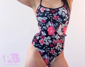 One piece Swimsuit / Women Swimwear