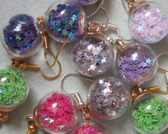 Bauble earrings with stars