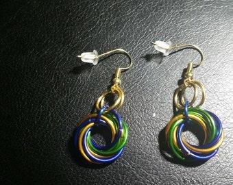 Mobius swirl fish hook chainmail earrings