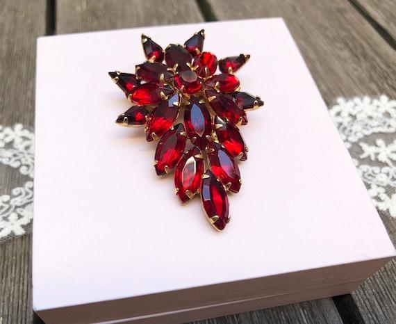 Large rhinestone brooch Vintage 1950s Red rhinest… - image 6