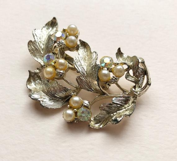 Unique fancy brooch with hematite