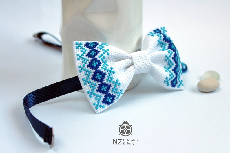 Creative Bow Ties Handsome Bow Tie Modern Unique Bow Tie Unisex Bow Tie Style Bow Tie Embroidered Bow Tie For Men Cross Stitch Bow Tie