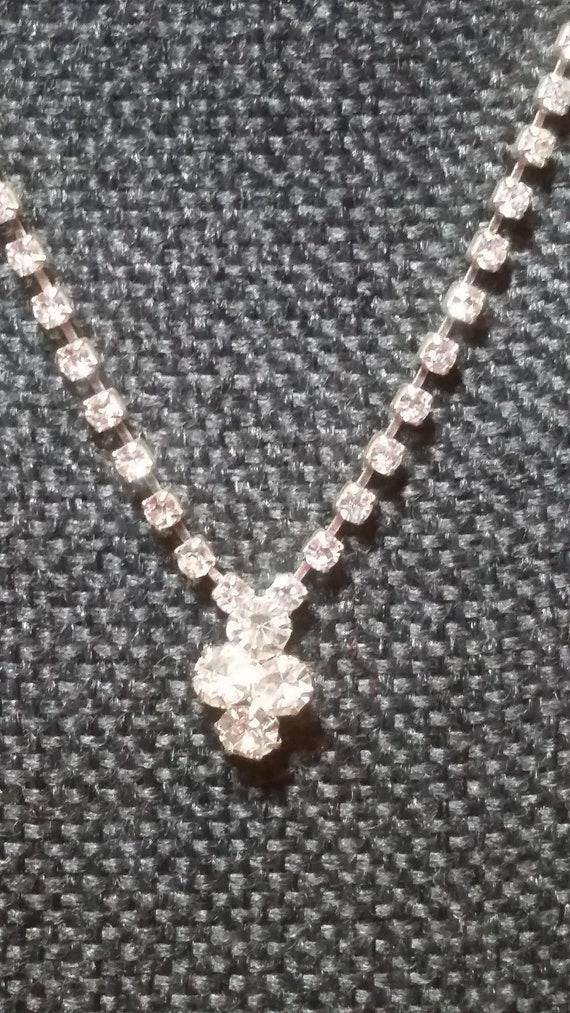Vintage Silver Tone Crystal Rhinestone Necklace