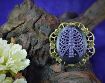Skeleton Cameo Torso Black Purple