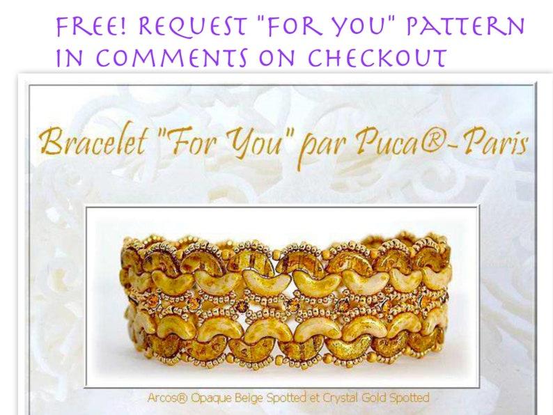 Cream Pastel ARCOS par Puca 30 pcs Emerald Pastel Beige Metallic Matte Dark Blue Metallic Matte Free Pattern