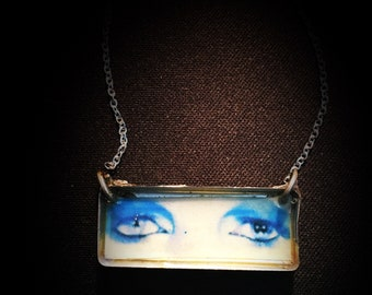 Life on Mars Bowie's Eyes Pendant