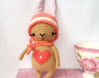 Pretty Bunny with floppy ears - Crochet Pattern - Amigurumi Today | 270x340