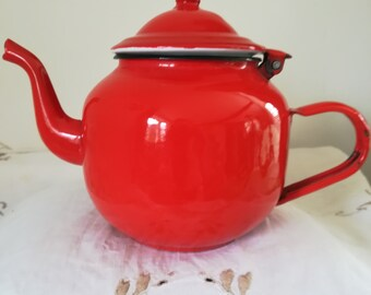 Vintage enamel Tea Pot or Coffee Pot Bright Red Retro Stylish Tea for Two