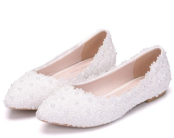 3a3cc4b531 Crystal Queen White Lace Wedding Shoes Flat Heels Pointed Toe Plus Size  Ballet Flats Women Bridal Shoes
