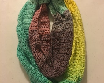 Double loop infinity scarf