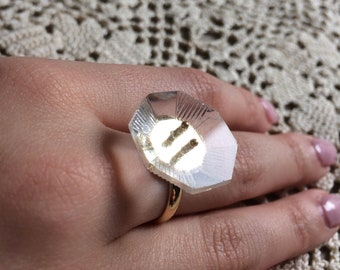 Glass-vintage 40s button ring