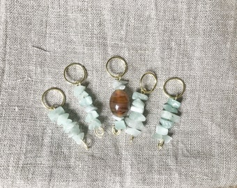 Knitting stitch markers- green calcite and glass beads on brass