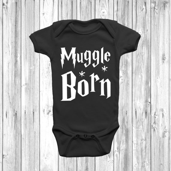 BABY BOY,GIRL,BORN TO PLAY NETBALL WITH MY MUMMY VEST,BODYSUIT,GIFT CLOTHES