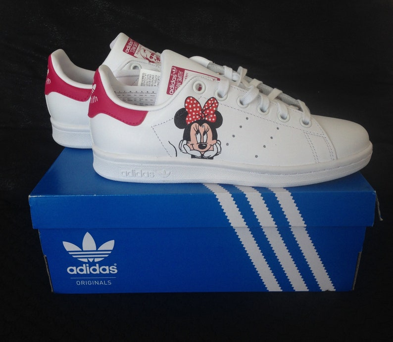 pretty nice a05a1 0cc15 Custom kids basketball, Stan Smith, customized, Minnie, mouse, Disney,  Mickey, red and white, gift, girl, to offer