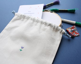 Embroidery kit - Learn to embroider flowers - beginner embroidery - DIY kit - DIY gift
