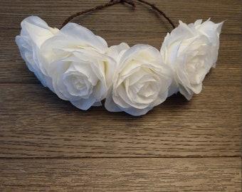 Head wreath, white rose