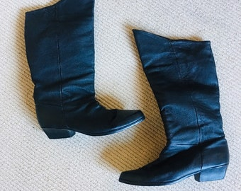 b58c36850479 90 s Vintage Retro Boots. AngelicasClCreations