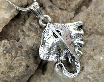 Stingray Charm Necklace, Ocean Scuba Diver Jewelry, Sealife Pendant, Gift for Beach Lover, Unique Gift for Her or Him