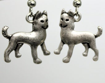 Dog Lover Dangle Earrings, Akita Dog Earrings, Antique Silver Pet Breed Jewelry, Dog Lover Present, Gift for her