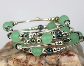 Jade and Silver Memory Wire Bracelet
