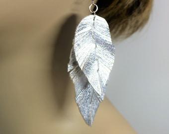 Silver Feather Earrings, Metallic Leather Earrings, Boho Chic, Bohemian Style, Gypsy Earring, Natural Earrings, Handmade Leather Earrings