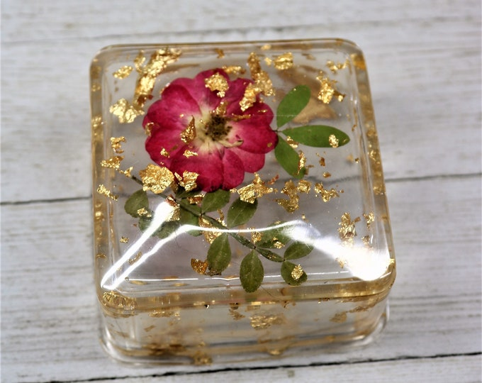 Featured listing image: Resin Trinket Box with Lid, Real Dried Red Rose and Leaves Floating in Gold Foil,  Handmade Home Decor table accent Valentine Gift for Her