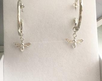 Sterling silver bee hammered hoop earrings