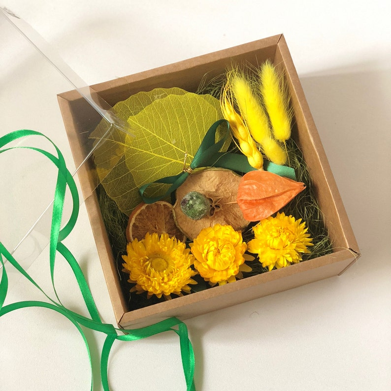 7431869113d8 Gifting box. Eco friendly Box for a gift. 15x15 cm 6x6