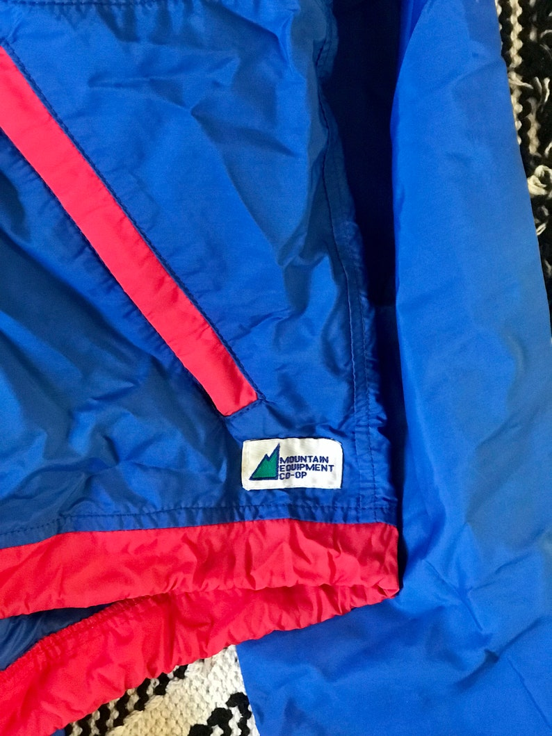90s Mountain Equipment Co 90s Windbreaker  Halfzip Anorak  Vintage MEC  Vintage Pullover Windbreaker  Size Medium