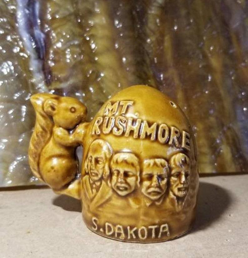 Vintage Mt Rushmore South Dakota Salt and Pepper SetSquirrelsVintage SouvenirKitchen CollectibleCowboy with Horse