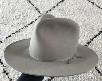 c10f42643e9f8 Vintage Silverbelly Four X Quality Western Fur Felt Cowboy Hat.  ladyemmylou. in Australia
