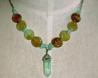 fluorite necklace, fluorite crystal, green fluorite, crystal necklace, crystal pendant, healing necklace, handmade jewellery,healing crystal