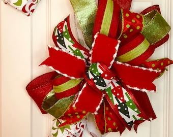 Christmas Decor, Candy Cane Door Decor, Candy Cane Decor, Christmas Bow, Candy Cane Bow,Wall Decor, Wall Art, Christmas, Holidays, Holiday