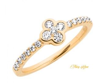 14K Rose/White/Yellow Clover Diamond  Band With Natural Diamonds