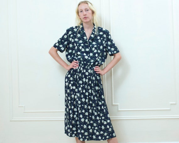 50721ddb20 80s navy floral midi shirt dress large dark blue flower