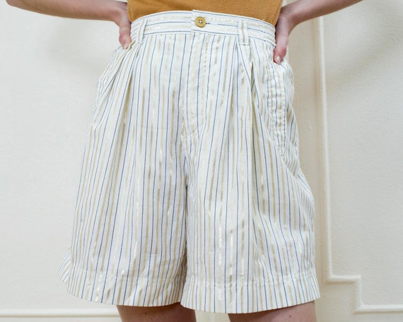 80s white striped high waisted shorts 27 waist | m