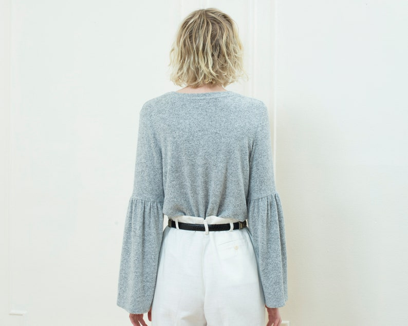 90s gray bell sleeve sweater medium minimal light dove gray gathered sleeve melange sweater crewneck big sleeve minimalist sweater