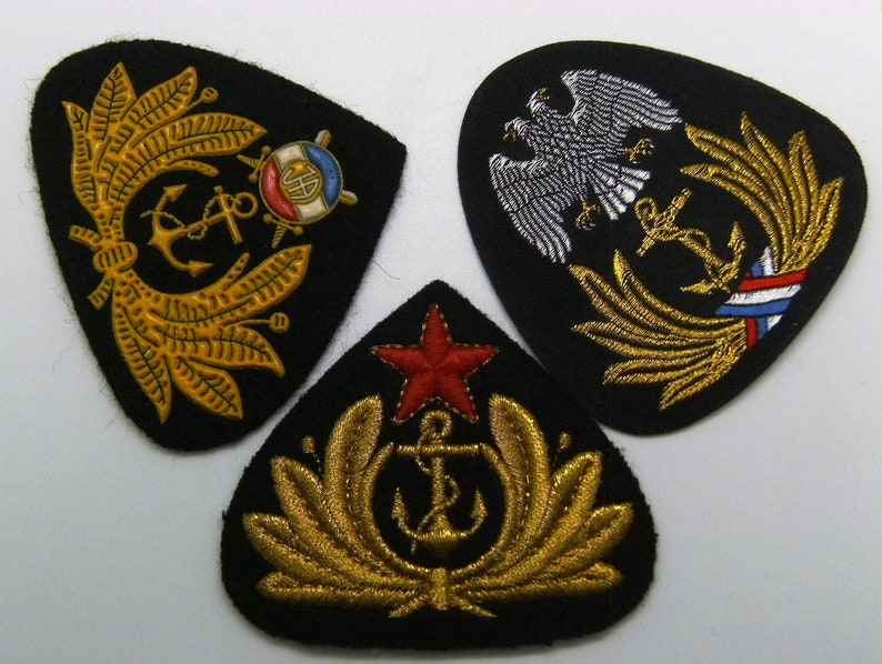 Serbia and Montenegro Yugoslavian Army Air Force soldier berets badge
