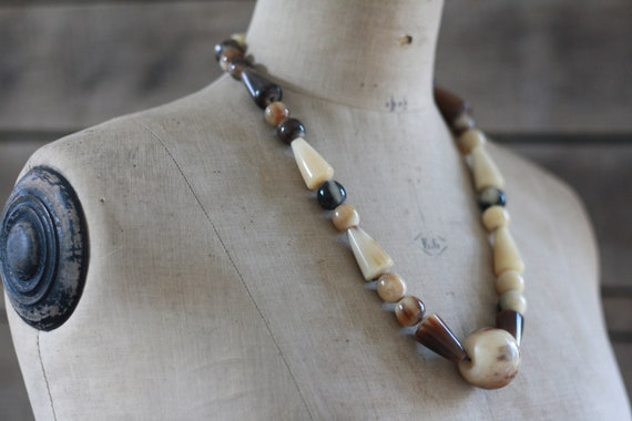 African antique horn necklace 70's. African jewelr
